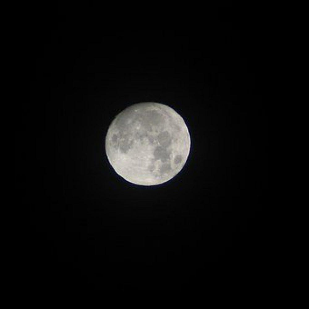 måne, om natten, indlæg om søvn, lisbethsnede.dk